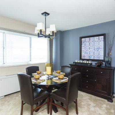 Modern dIning room at the Enclave apts in MD